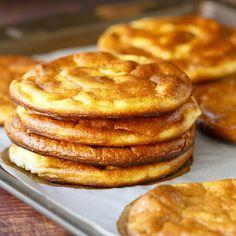 Oopsie bread fit lowcarb pečivo bez mouky - recept Bajola Cloud Bread, Apple Pie, Pancakes, Fitness, Breakfast, Food, Morning Coffee, Flourless Bread, Essen