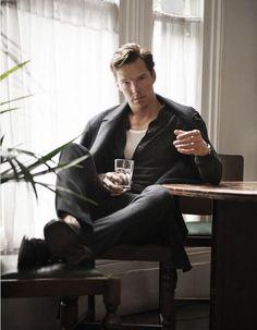 Benedict Cumberbatch Covers Flaunt, Talks 'The Imitation Game' Benedict Cumberbatch(Sherlock) ♥ Benedict Cumberbatch for Flaunt Magazine. Benedict Sherlock, Benedict Cumberbatch Sherlock, Sherlock Bbc, Watch Sherlock, Sherlock Quotes, British Men, British Actors, Johnlock, Andrew Scott