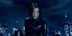 Underworld 5 trailer, release date, plot and cast starring Kate Beckinsale and Theo James. A new and younger generation of vampires and Lycans are locked in a seemingly never-ending battle between races. Underworld Selene, Underworld Movies, Underworld Vampire, Kate Beckinsale Hot, Underworld Kate Beckinsale, Smallville, Superman, Broken Film, Alexander Kent