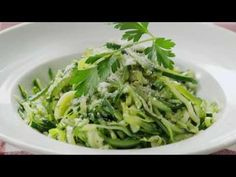 Vegetarian Recipes - How to Make Zucchini Noodles
