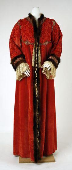 1902-05 evening coat