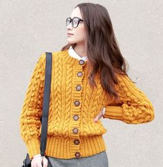 Free free cardigan knitting patterns with long sleeves Patterns ⋆ Knitting Bee free knitting patterns) Cable Knitting Patterns, Christmas Knitting Patterns, Lace Knitting, Cardigan Pattern, Jacket Pattern, Loom Scarf, Patons Classic Wool, One Skein Crochet, Bobble Stitch