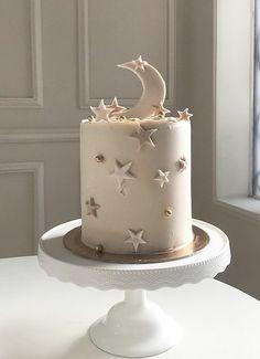Pretty Birthday Cakes, My Birthday Cake, Pretty Cakes, Beautiful Cakes, Fireman Cake, Eid Cake, Moon Party, Star Cakes, Ganache