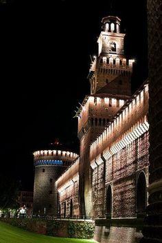 <<Sforza Castle in Milan, Italy>> Italy Vacation, Italy Travel, Monuments, Palaces, Travel Around The World, Around The Worlds, Living In Italy, Milan Italy, Lake Como