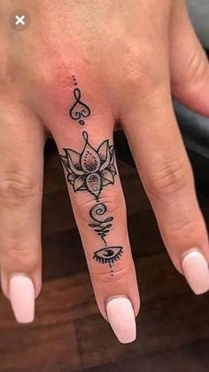 Collar Bone Tattoo Quotes, Bone Tattoos, Om Tattoo Design, Finger Tattoo Designs, Cute Girl Tattoos, Pretty Tattoos, Mandala Tattoo, I Tattoo, Small Symbol Tattoos