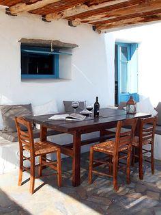 Mesa de Almoço em Área Externa