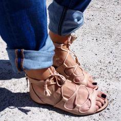 9bd15f4081020 Zara pink nude tassel gladiator roman tie up flats sandals size uk7 u1s9  eur40 -