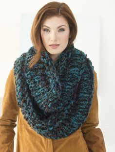 Quick Three-Strand Cowl Pattern (free) - The delicate tonal shading of Homespun® Thick & Quick® highlights the lovely simplicity of the Quick Three-Strand Cowl, an accent piece equal in elegance and comfort! A Lion Brand Super Circs project!