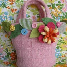 Bolsa para niña reciclando jersey o sueter