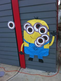 Pin the eye on the Minion.  Simple DIY for Minion themed party.