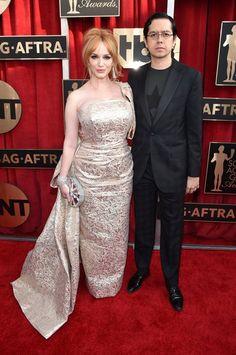 Pin for Later: Les Couples Ont Dominé le Tapis Rouge Lors des SAG Awards Christina Hendricks et Geoffrey Arend