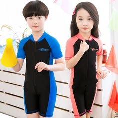 Children conjoined short-sleeved swim suit uv boy girl swimsuit beach surfing is prevented bask in one-piece bathing suit