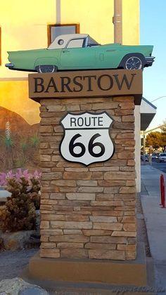 Un petit tour sur la Route 66 : Barstow Route 66 Usa, Route 66 Sign, Old Route 66, Route 66 Road Trip, Historic Route 66, Route 66 Decor, Illinois, Barstow California, Route 66 Attractions