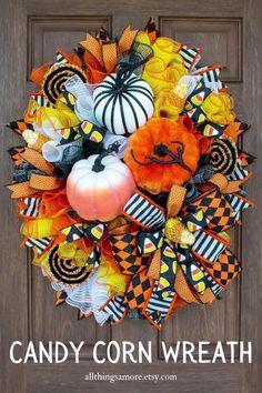 Pumpkin Mesh Wreaths, Halloween Mesh Wreaths, Halloween Ribbon, Spring Door Wreaths, Deco Mesh Wreaths, Halloween Magic, Disney Halloween, Summer Wreath, Holiday Wreaths