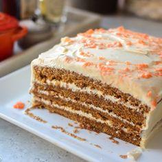 Napoleonskake - Denne kjente klassikeren begynner å bli v. Carrot Cake, No Bake Desserts, Let Them Eat Cake, Cheesecakes, Vanilla Cake, Carrots, Nom Nom, Cake Recipes, Food And Drink