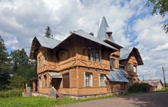 Image of 'Old wooden house in russian village'