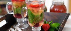 Cuando comienza el frío, nada más rico que una deliciosa taza de aromática! Preparada con hierbas, frutas y endulzada con miel.