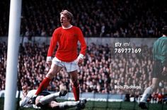 News Photo : Football Manchester United's Denis Law