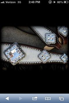 I want a set if bling tack but a one ear