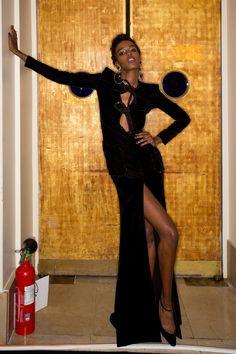 Armani Privé Fall 2016 Couture Fashion Show Beauty
