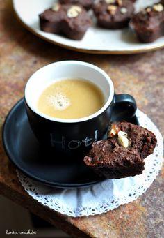 Taniec Smaków: Odżywcze brownies z banana, ciecierzycy i orzechów laskowych // healthy brownies from banana, chickpeas and hazelnuts