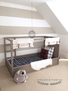 Looking for IKEA KURA Bed Hack Ideas? Check out this DIY tutorial for an IKEA Kura Bunk Bed makeover into a Boys Canopy Bed or safari bed. Also a great DIY tent bed for autistic children. Ikea Kura Hack, Murphy-bett Ikea, Boys Bed Canopy, Bed Tent, Cama Ikea Kura, Ikea Kids Bed, Camas Murphy, Diy Bett, Modern Murphy Beds