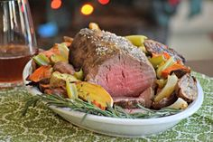 Prepare a spectacular holiday roast that will impress guests with these easy tips for oven roasting tenderloin, ribeye, sirloin and other cuts of beef.