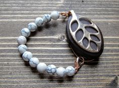 Howlite beaded bracelet for the Rose Gold LEAF by by LadyLeafCo