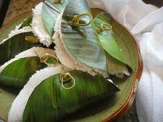 come-se: Tapioca molhada na folha de bananeira.