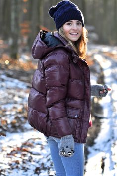 Make Life Easier Down Winter Coats, Down Coat, Nylons, Puffy Jacket, Winter Jackets Women, Warm Outfits, Dress To Impress, Clothes For Women, 21st Century