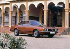 Video: Watch BMW reminisce on the good 'ol days with famous former head of design, Paul Bracq - egmCarTech Bmw Classic, Best Classic Cars, Classic Cars Online, Bmw 3 Series Sport, Bmw 6 Series, Bmw 635 Csi, Bmw Old, Tuning Bmw, Bavarian Motor Works