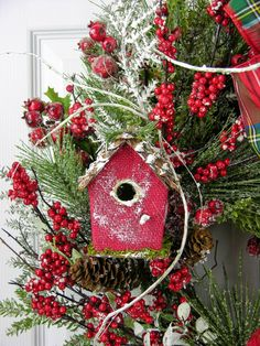 Magnificient Rustic Christmas Decorations And Wreaths Ideas 33 - Aksa. Christmas Tree Trimming, Christmas Bells, Christmas Holidays, Christmas Crafts, Christmas Ornaments, Cardinal Christmas Decor, Office Christmas, Christmas Door Decorations, Xmas Wreaths