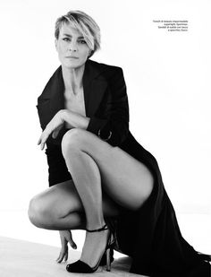 Tracey Mattingly - News - Robin Wright on the Cover of Amica Italy