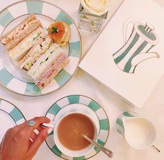 Afternoon tea at Claridges.