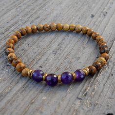 Healing, genuine Amethyst and wood bracelet by #lovepray #jewelry