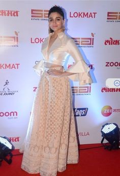 Alia Bharti supporting    a crop top and a flaired skirt