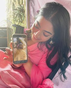 South Indian Actress Photo, Indian Actress Photos, Indian Actresses, Autumn Leaves Wallpaper, Most Beautiful Indian Actress, Indian Celebrities, Girl Photos, Film, Women