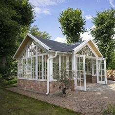 Aluminium and Wooden Greenhouses – Greenhouse Design Ideas Greenhouse Shed, Greenhouse Gardening, Patio, Backyard, Dream Garden, Home And Garden, Outdoor Spaces, Outdoor Living, Wooden Greenhouses