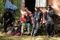 """Korkoro"" film by Toni Gatlif Gypsy Life, Gypsy Soul, Gypsy Quotes, Spanish Gypsy, Gypsy Eyes, Gypsy Women, Gypsy Costume, Cinema, Folk"