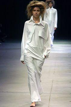 Yohji Yamamoto | Spring 2005 Ready-to-Wear Collection |