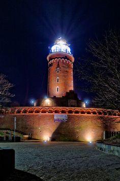 Latarnia Morska Kołobrzeg w Kołobrzeg, Województwo zachodniopomorskie Tatra Mountains, Central Europe, Windmills, Krakow, Best Cities, Warsaw, Beautiful Lights, Wonders Of The World, Lighthouse