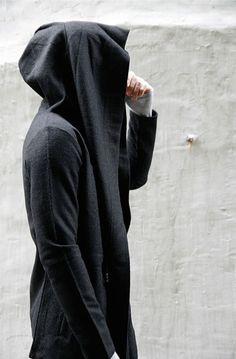 Avant-garde Diabolic Cape Coat-Coat 08  (http://www.guylook.com/avant-garde-diabolic-cape-coat-coat-08-en.html)