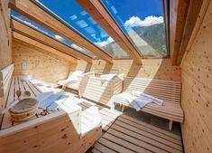Apart Central, Mayrhofen Mayrhofen - Rubin: outdoor sauna with glass roof, glass roof, . Sauna House, Sauna Room, Pent House, Jacuzzi, Design Sauna, Modern Saunas, Private Sauna, Piscina Spa, Small Spa