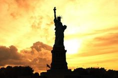 Statue of Liberty Evening Tour - New York City Vacations Inc., New York City Hotels, Sightseeing, Broadway Shows, Tours, Attractions, Expert NYC Travel Information Guide - What to do and see in New York City