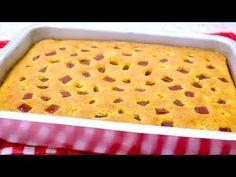 INCRÍVEL!! ESSE BOLO DE FUBÁ DESMANCHA NA BOCA!! O MAIS FOFINHO E MAIS FÁCIL!! - Isamara Amâncio - YouTube Bread Mold, Cake Tray, Mixed Fruit, Cake Batter, Cake Mold, How To Make Cake, Baking Soda, Macaroni And Cheese, Dessert Recipes