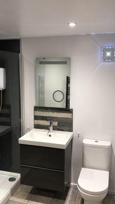 Modern bathroom in UK 2020 - Renovation of a flat small bathroom in Coventry, UK - Washroom Design, Bathroom Style, Modern Bathroom Design, Bathroom Layout, Bathroom Interior, Bathroom, Bathroom Renovations, Small Bathroom Renovations, Bathroom Renovation