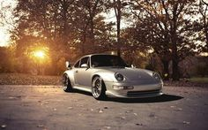 Awesome Porsche: Porsche 993 GT2. Dream car....  Choses que j'adore Check more at http://24car.top/2017/2017/07/30/porsche-porsche-993-gt2-dream-car-choses-que-jadore/