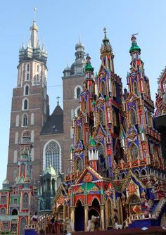 In spite of the credit crunch, the southern city of Krakow has marked a record number of visitors in with almost 9 million people coming to the city. Algarve, Holidays Around The World, Around The Worlds, Portugal, Christmas Town, Christmas Nativity, Christian Images, Visit Amsterdam, Kids Ride On