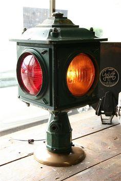 Vintage Industrial 4-way, Post-Mount Traffic Light