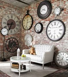 Ideas-Wall-Decor-Design-with-Big-and-Small-Clock.jpg 733×829 pixels